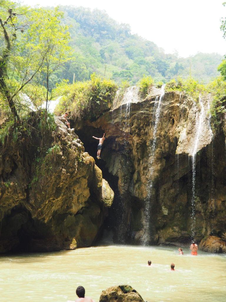 saut au pays des mayas