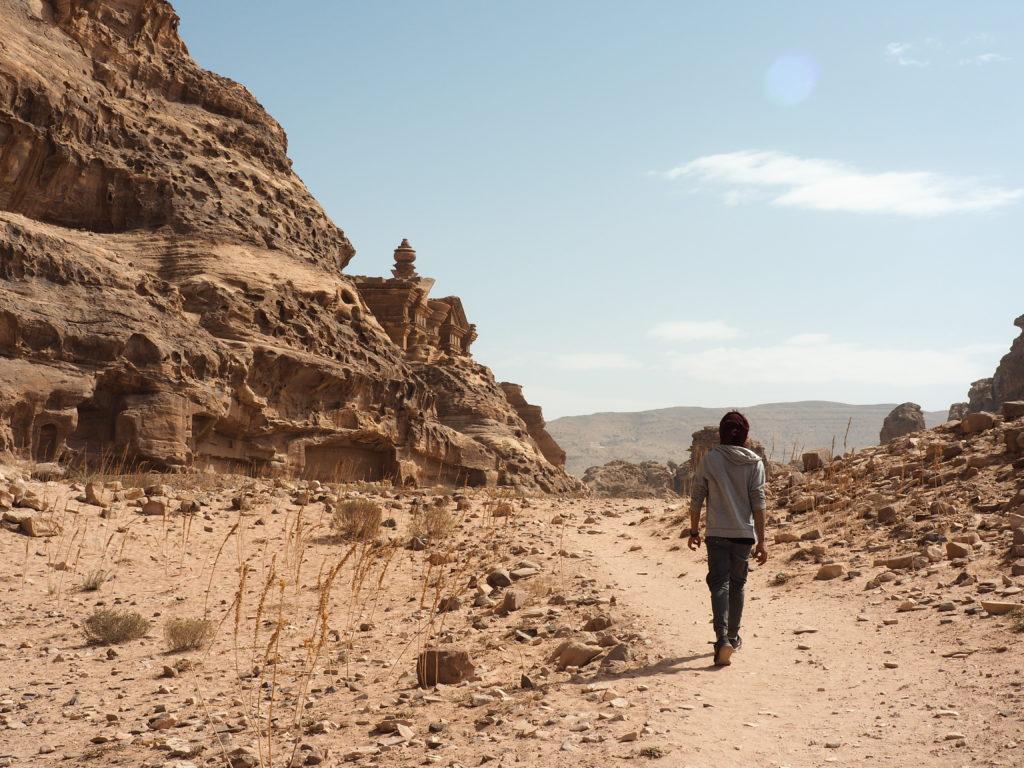 Mohammed et moi arrivant au Monastère à Petra Jordanie